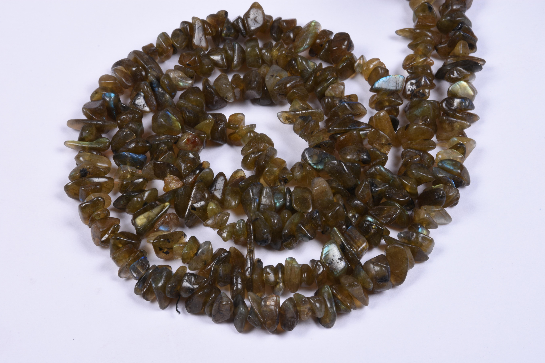 Labradorite Uncut Chips Beads