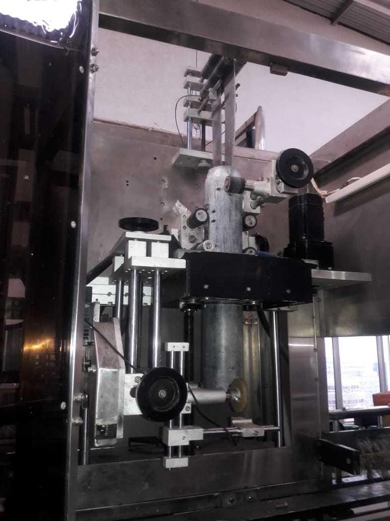 Sleeve Applicator Machine