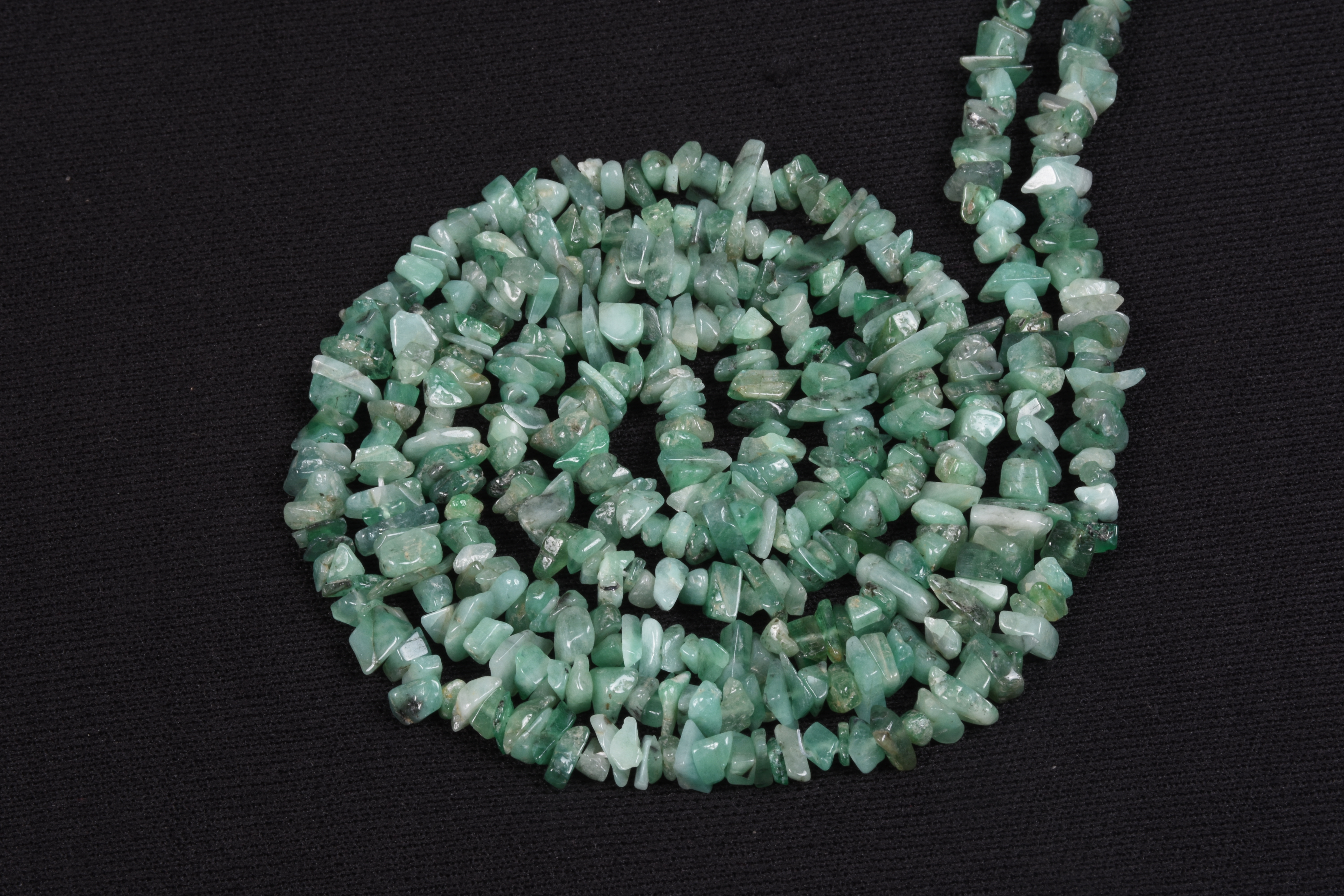 Natural Emerald Uncut Chips Beads