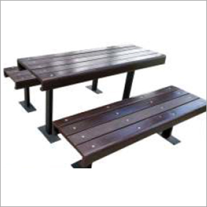 I Interactive With 2 Bench And Table