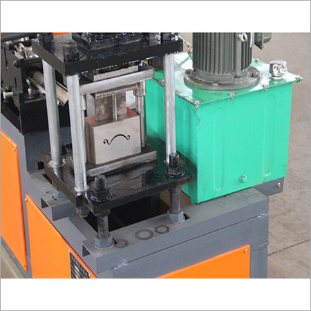 Building Metal Roller Shutter Door Machine