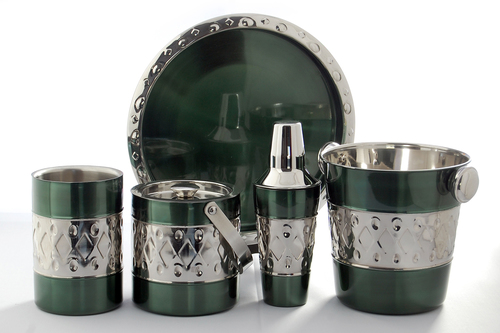 Green steel designed bar set