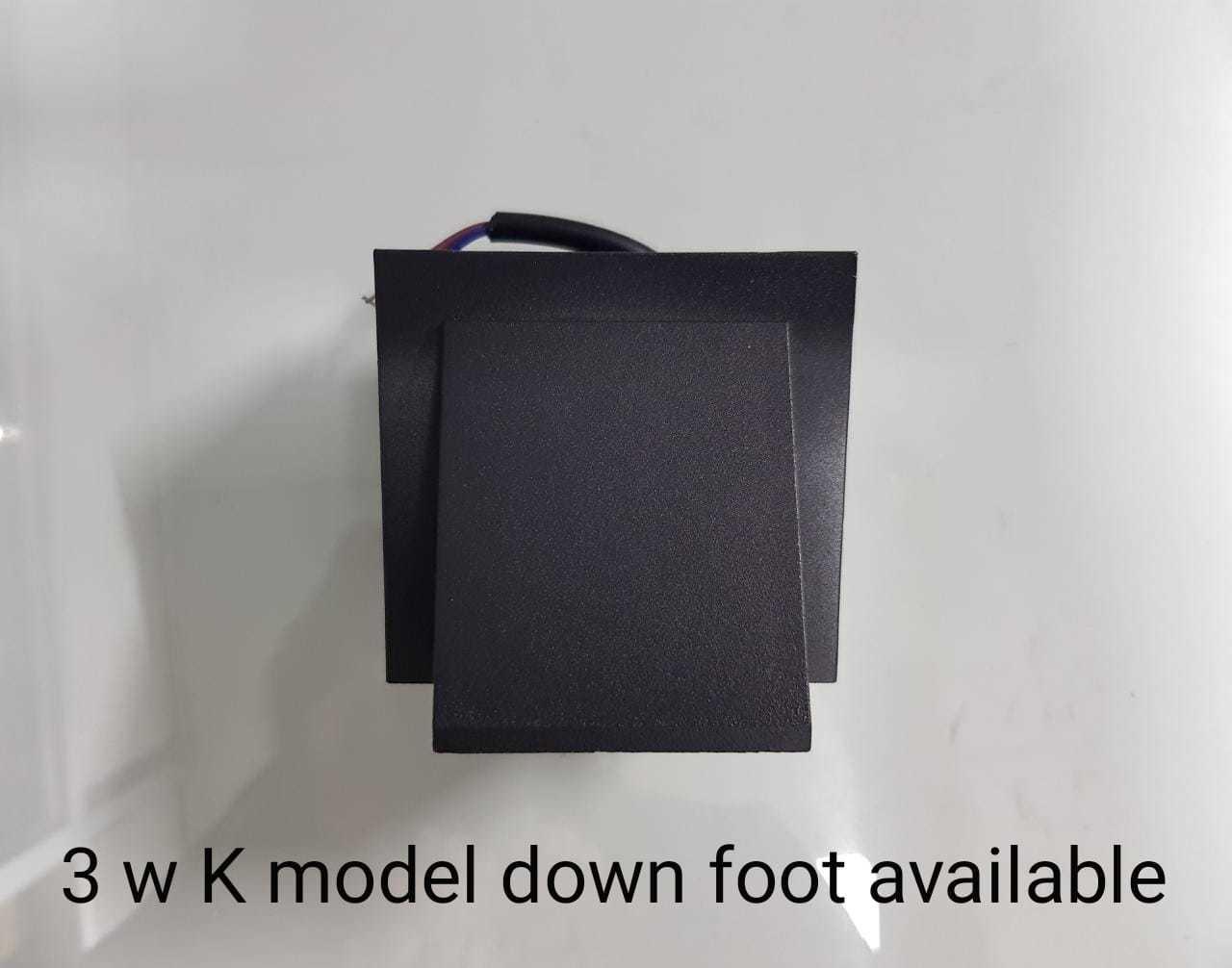 UP-DOWN FOOT LIGHT