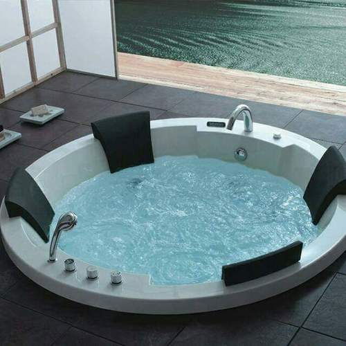 4 setar bathtub