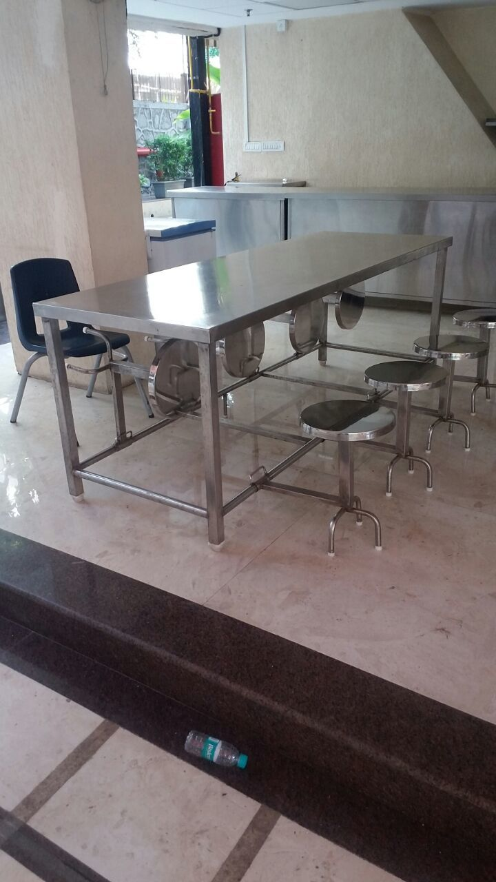 Hotel tables