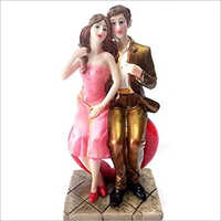 Decorative Polystone Couple Statue