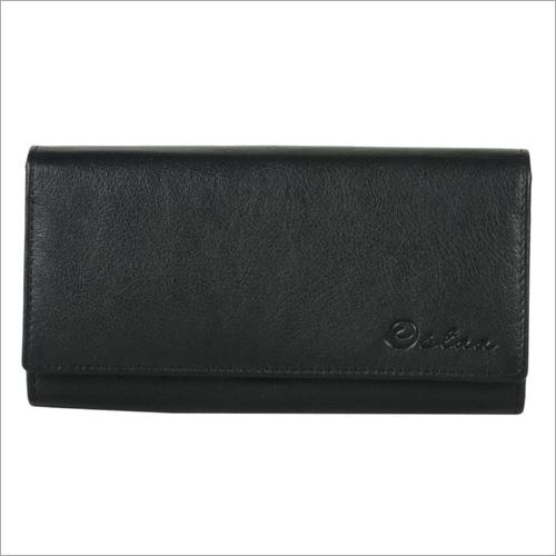 Ladies Black Leather Snap Wallet