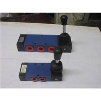 hand-lever-valve
