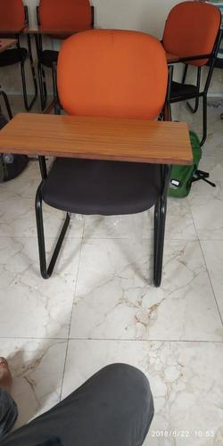 chair with full pad