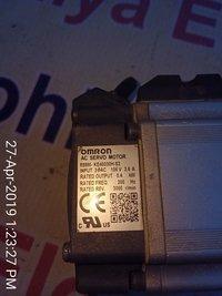 OMRON AC SERVO MOTOR R88M-KE40030H-S2