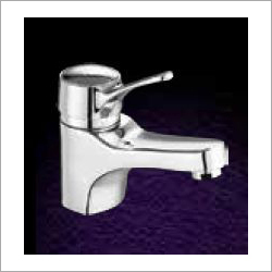 Croma Single Lever Basin Mixer
