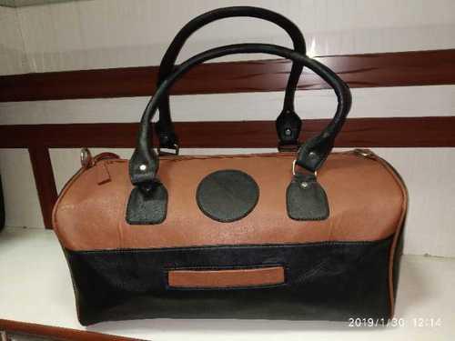 Leathereete gym bag
