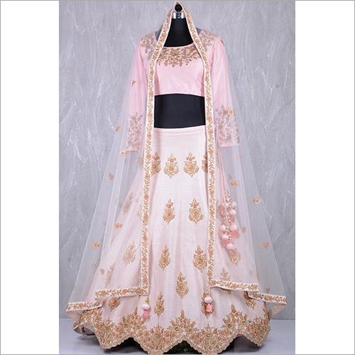 Ladies Fashionable Lehenga Choli
