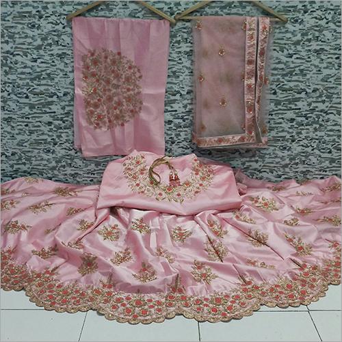 Ladies Fashionable Lehenga Choli