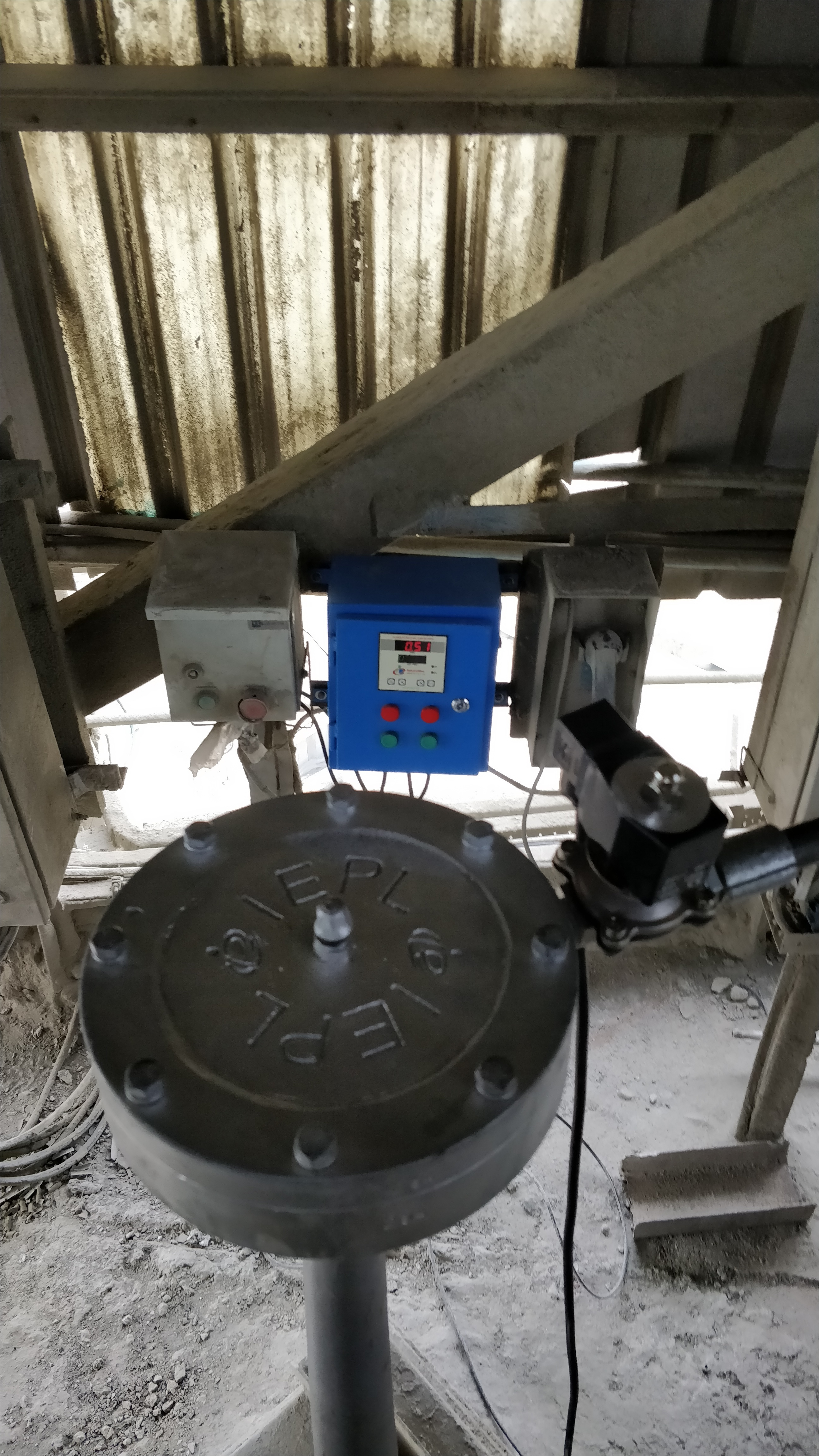 Sonic Soot blower for Cement Silo.