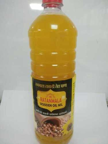 Edible Cold Pressed Groundnut Oil
