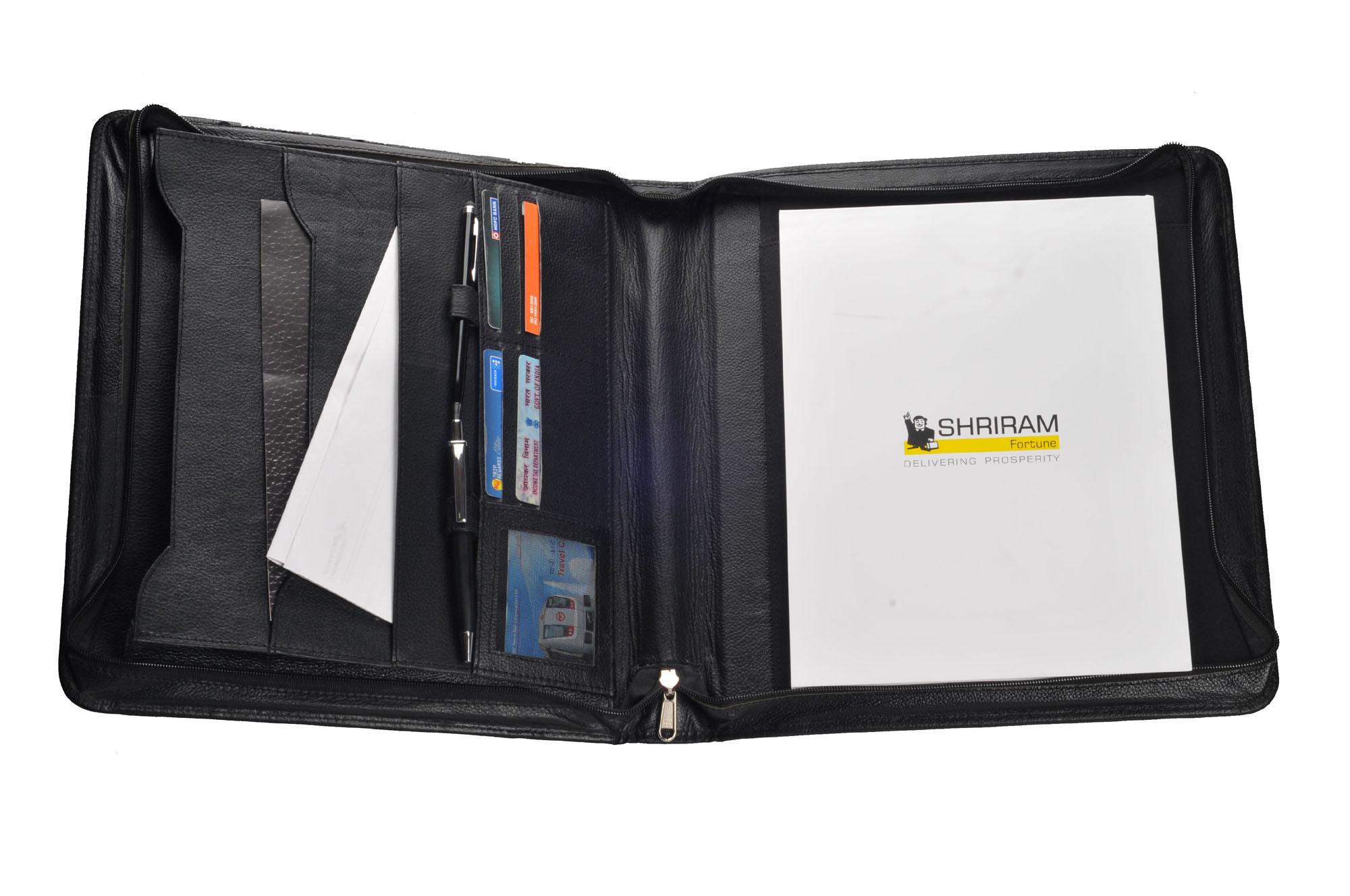 Folder With Zip & Handle (X545)