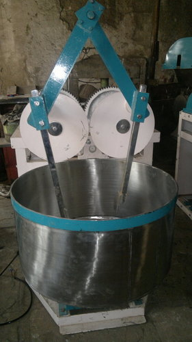 Khari Dough Mixing Machine