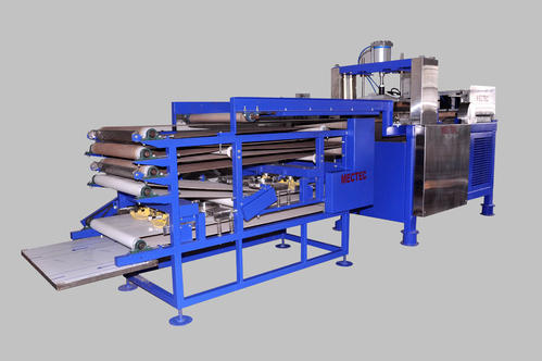 Fully Automatic Conveyor Type Half Cooked Chapati Making Machine