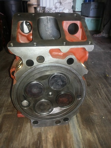 Mak M332 Cylinder head