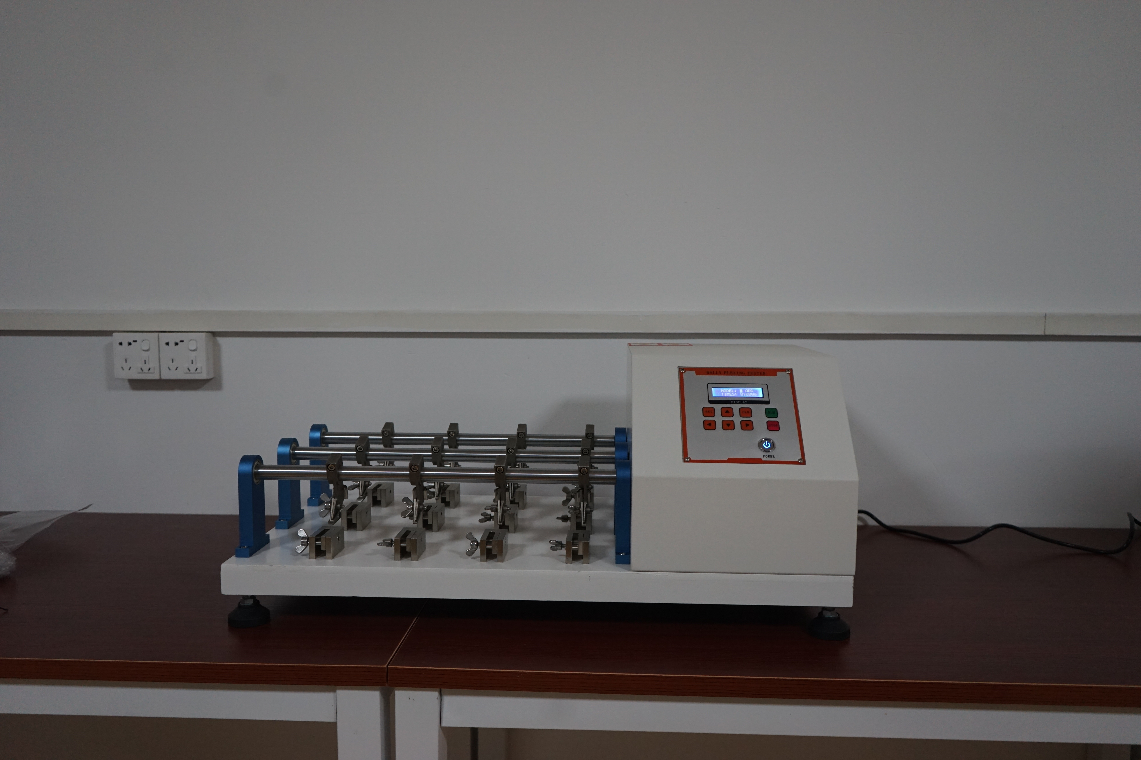 Leather Flexing Test Machine