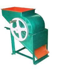 Manual Groundnut Decorticator Machine
