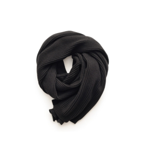 Mena  s knitted scarf