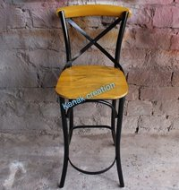 CROSS BACK SIDE CHAIR (black)