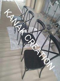 Cross back dinning chair (black)