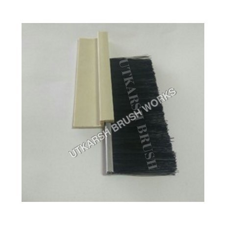 Plastic Section Strip Brush