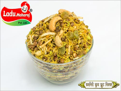 Kashmiri Dry Fruits Mixture Namkeen