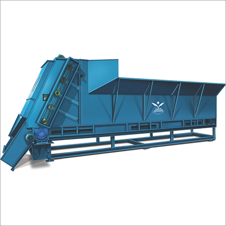 TRACTOR HOPPER FEEDER