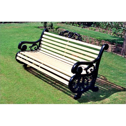 Garden Sitter Chair