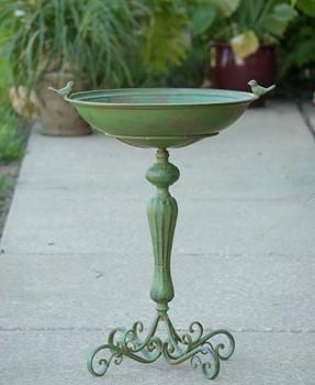 Pedestal Iron Birdbath