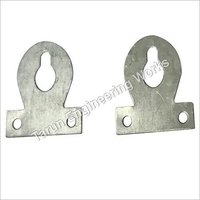 Key Hole Mirror Mounting Plate