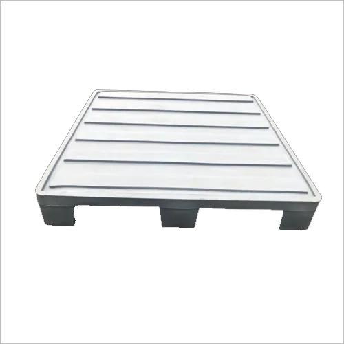 PLASTOCON Corrugated Top Pallet