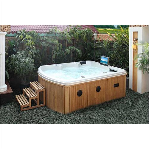 Outdoor Intelligent Massage Bathtub