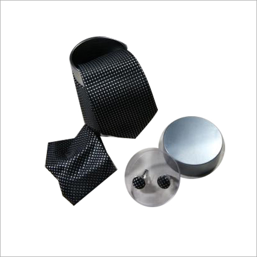 Necktie And Cufflink Set