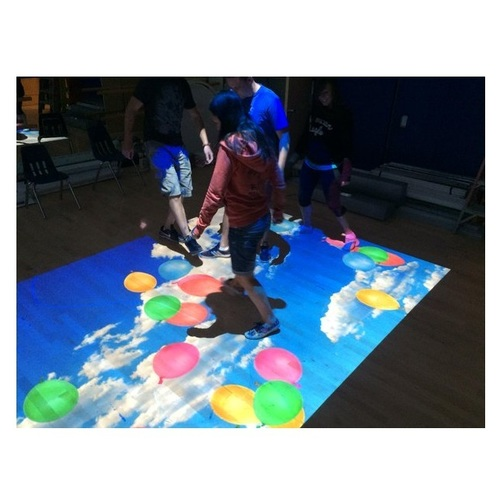 Interactive floor projection system 3d projection advertisement