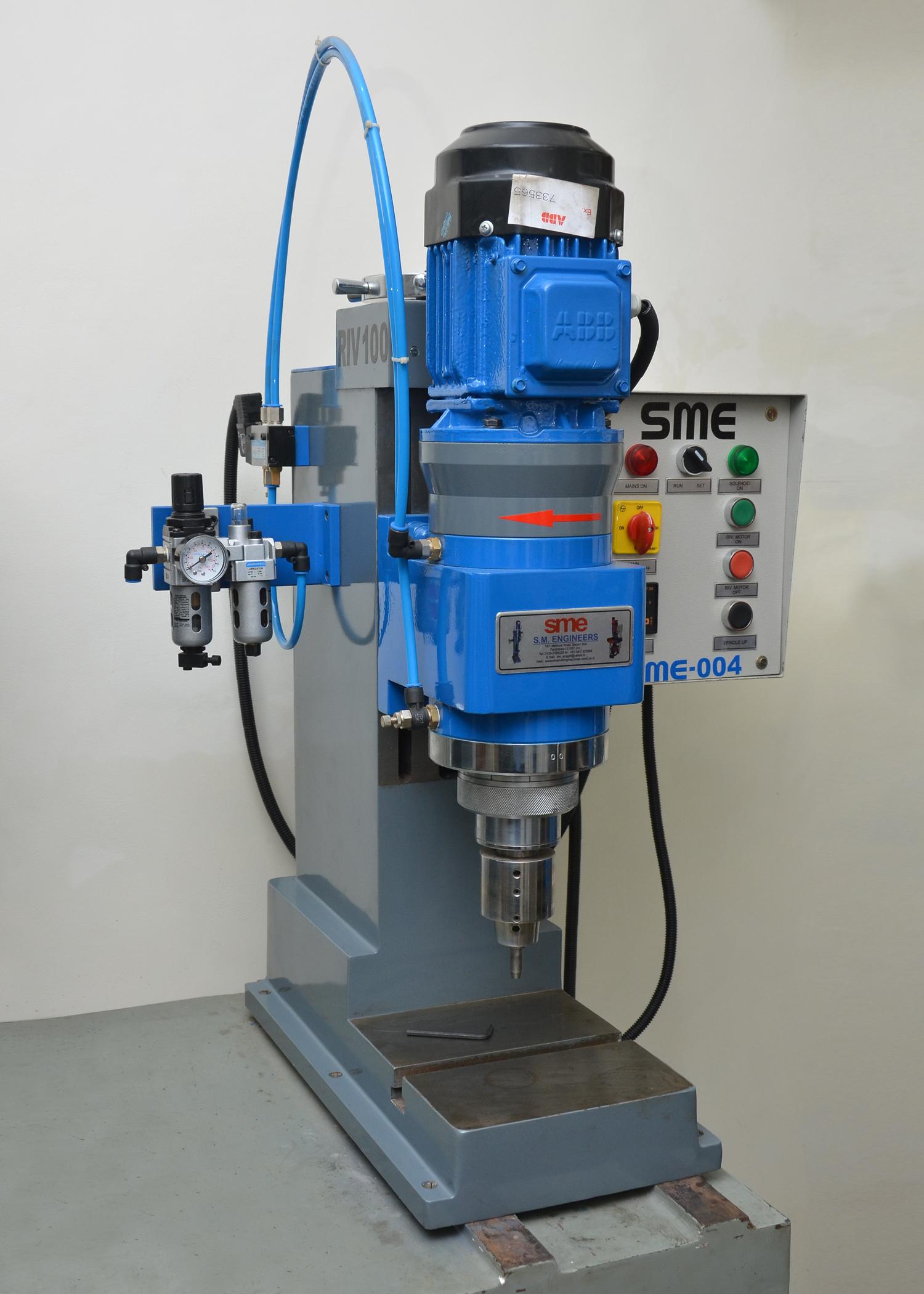 Semi Automatic Riveting Machine