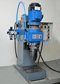 Vertical Riveting Machine