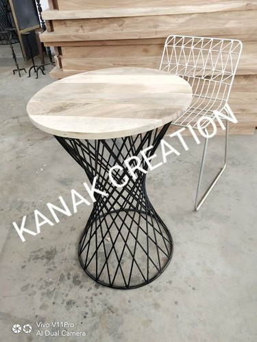 Industrial Style Metal Framed Round Table with Wooden Top