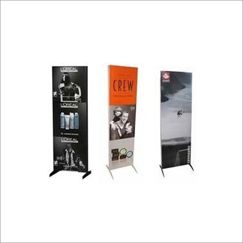 Roll Up Retractable Banner Standee