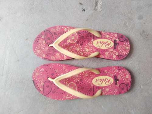 Pink printed slipper