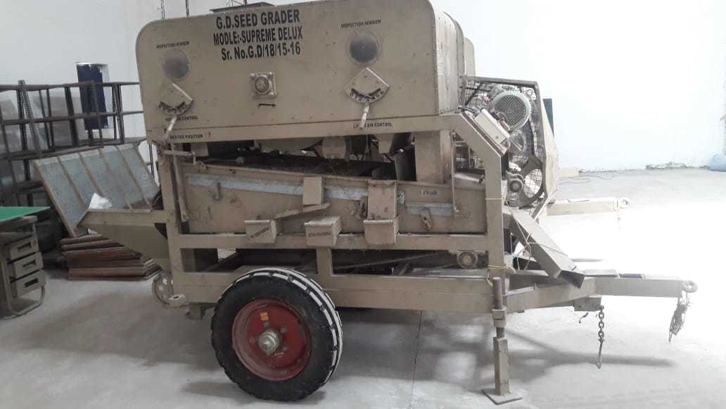 Mobile Seed Grader Capacity 1 TPH Pneumatic