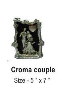 Croma Couple