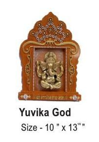 Yuvika God