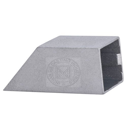 Zinc Die Cast Square Curtain Bracket