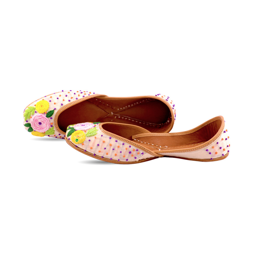 Punjabi Jutti Peach Color Multi  Flower Work For Woman Heel Size: Flat