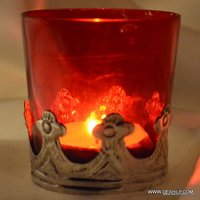 Beautiful Metal Fitting Candle Holder